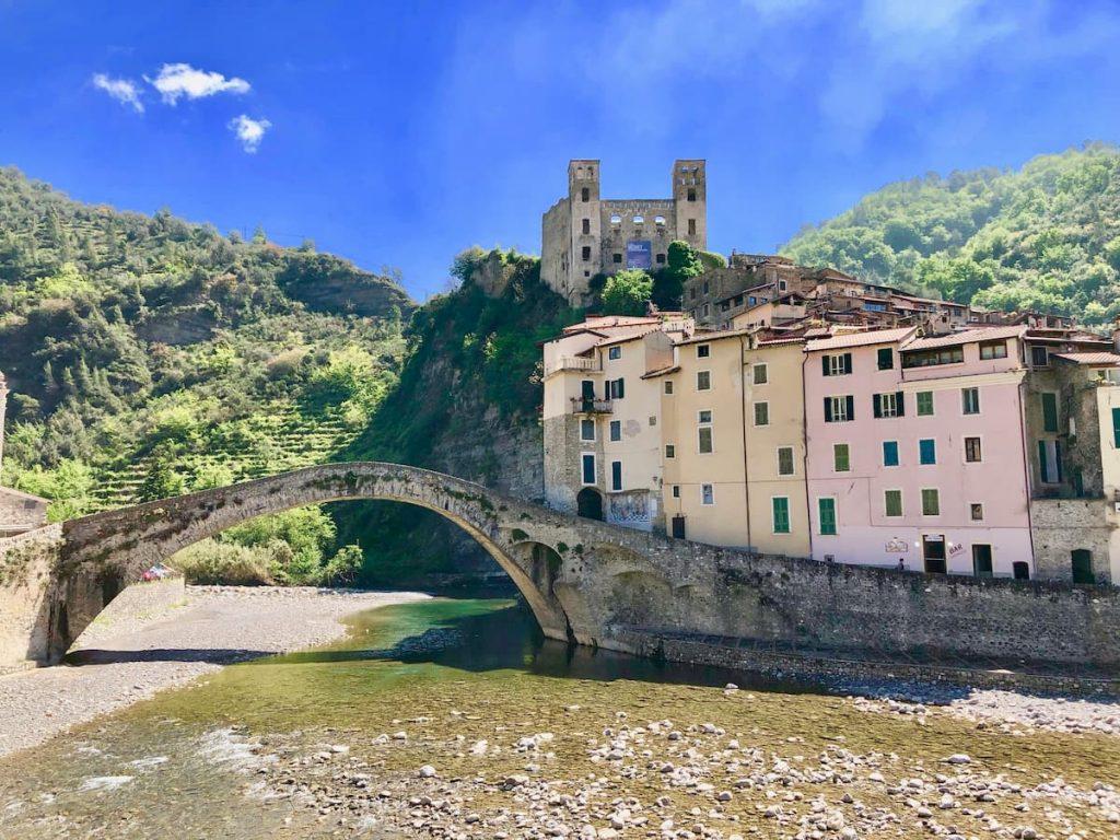 dolceaqua-castellodoria-bridge