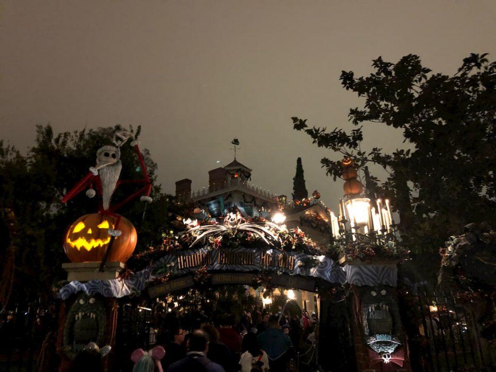 haunted-mansion-jack-skellington-christmas-2019