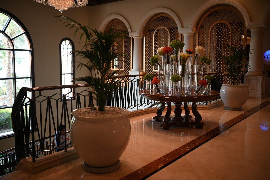 ritz-carton-duabi-lobby-flowers