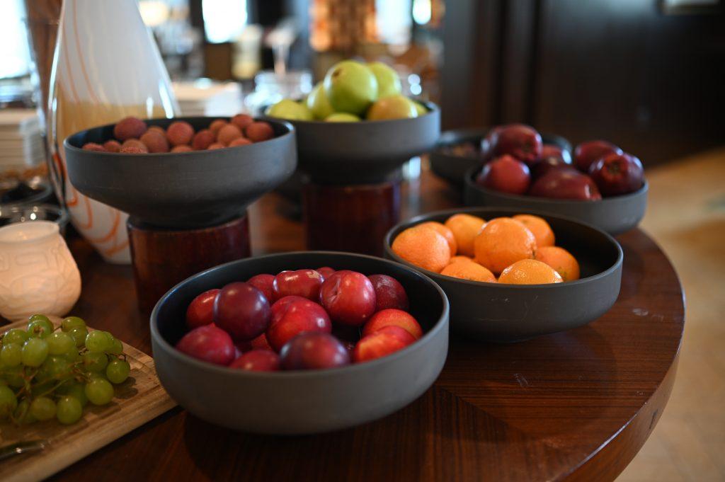 ritz-carton-dubai-fruit-bowls