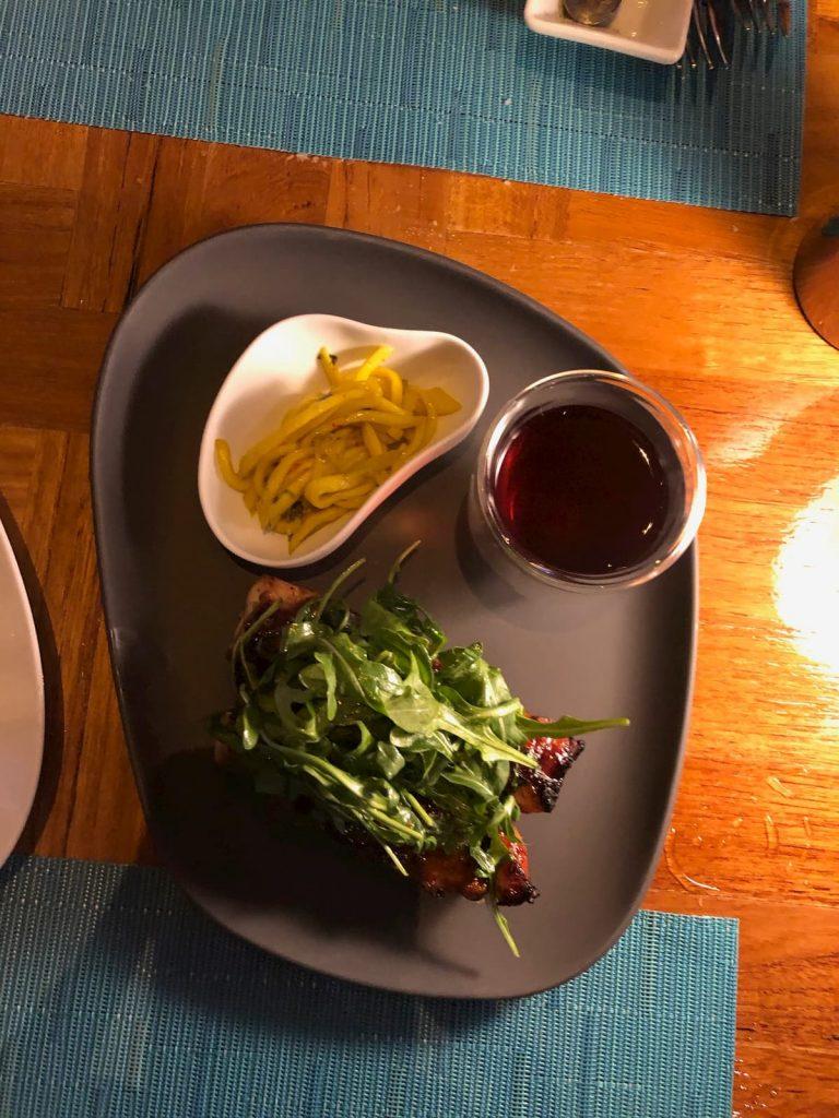 chicken-yakitori-skewers-mango-spaghetti-maldives-conrad