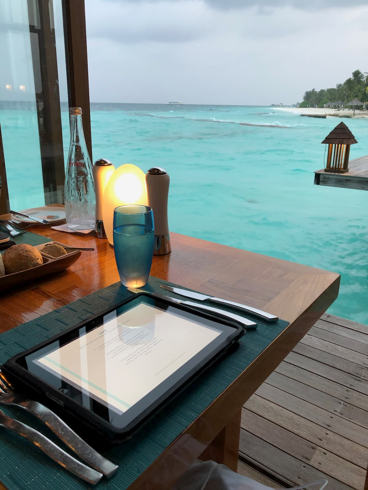 Mandhoo Restaurant- Conrad Maldives Rangali Island