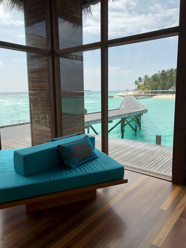 spa-maldives-walkway-reception-seating-area