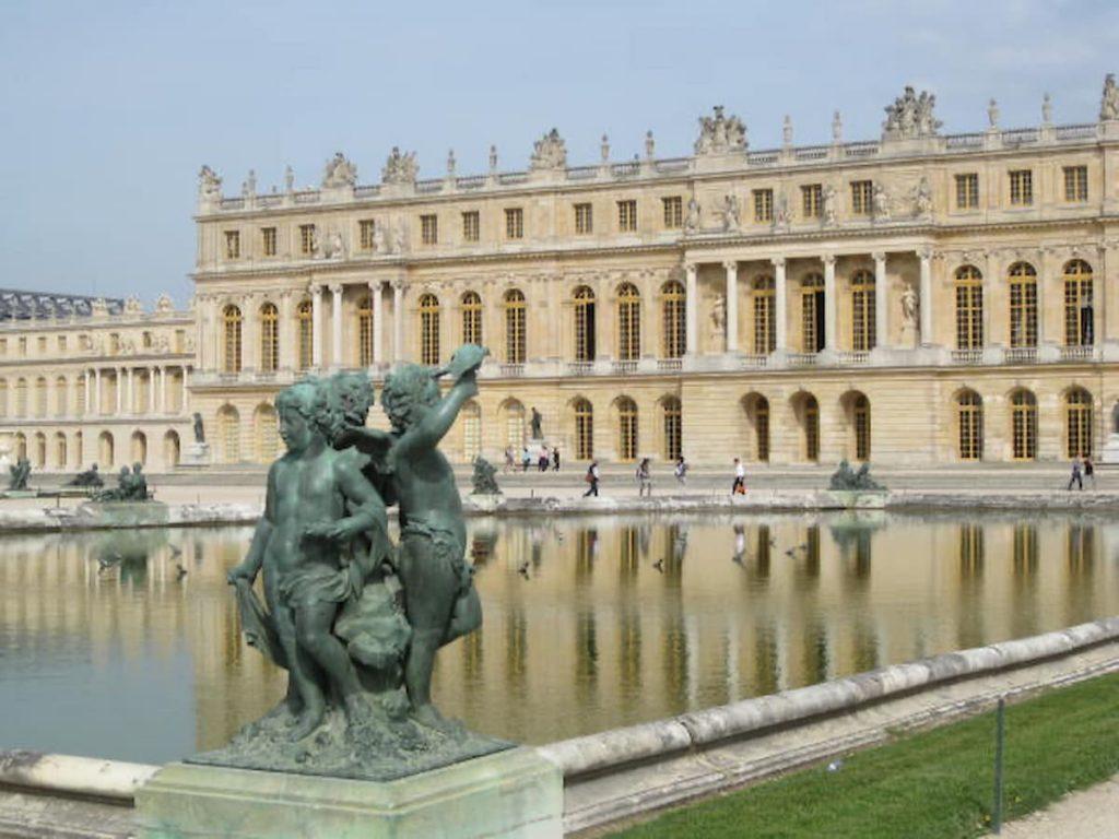 versailles-fountain-bronze-statue-rear